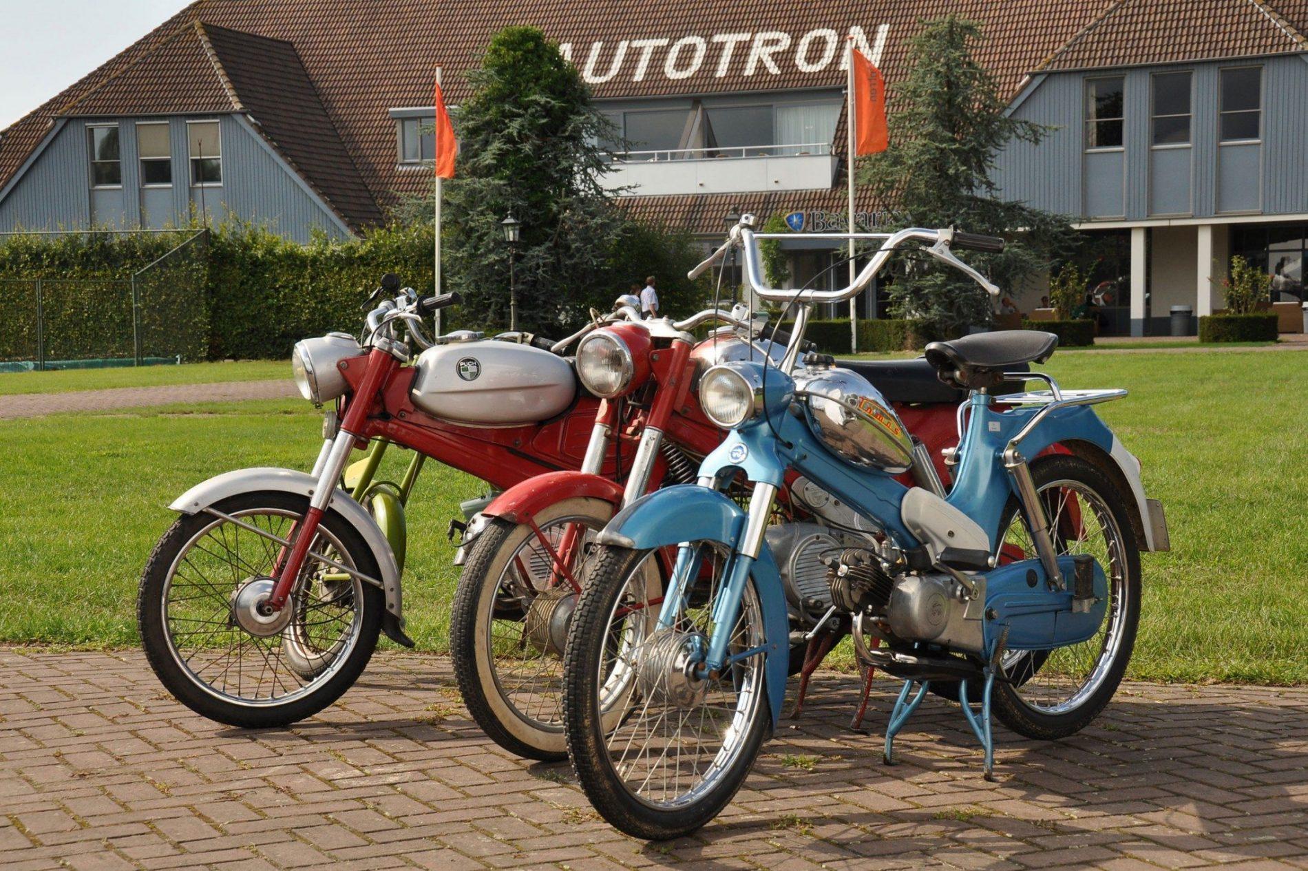 Oldtimer Motoren, Bromfietsen en Fietsen beurs